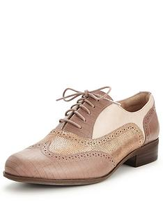 clarks-hamble-oak-brogue