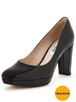clarks-kendra-sienna-platform-court-shoe