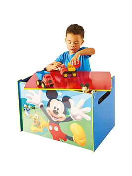 mickey-mouse-mickey-mouse-table-and-2-chairs-by-hellohome