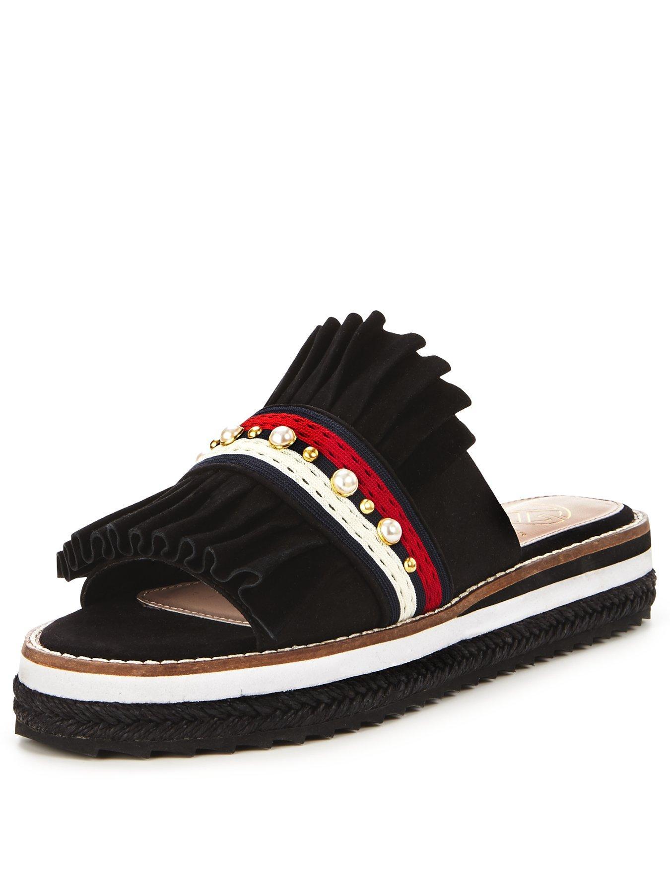 1e51ae2ab1d44 new arrivals nike closed toe sandals 518e9 82e6f
