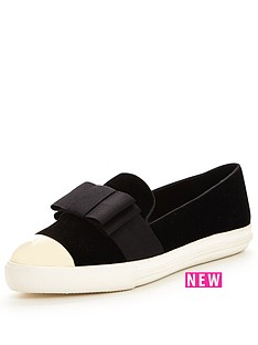 miss-kg-lisa-bow-plimsoll