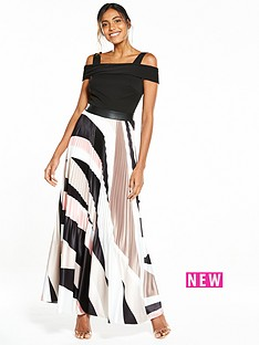 coast-rockafella-pleated-skirt-maxi-dress