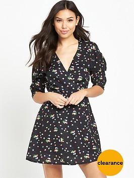 fashion-union-daphne-floral-dress-black