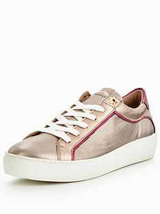 tommy-hilfiger-suzie-metallic-trainer