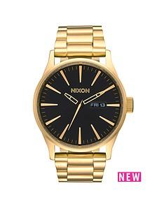 nixon-sentry-ss-black-dial-gold-tone-stainless-steel-bracelet-mens-watch