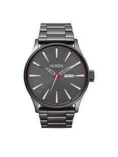 nixon-sentry-ss-gunmetal-dial-gunmetal-stainless-steel-bracelet-mens-watch