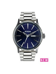 nixon-sentry-ss-blue-dial-stainless-steel-bracelet-mens-watch