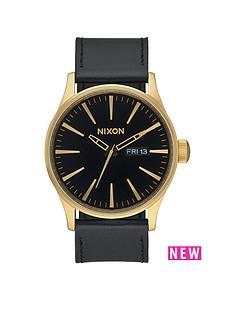 nixon-sentry-black-date-dial-gold-tone-case-black-leather-strap-mens-watch