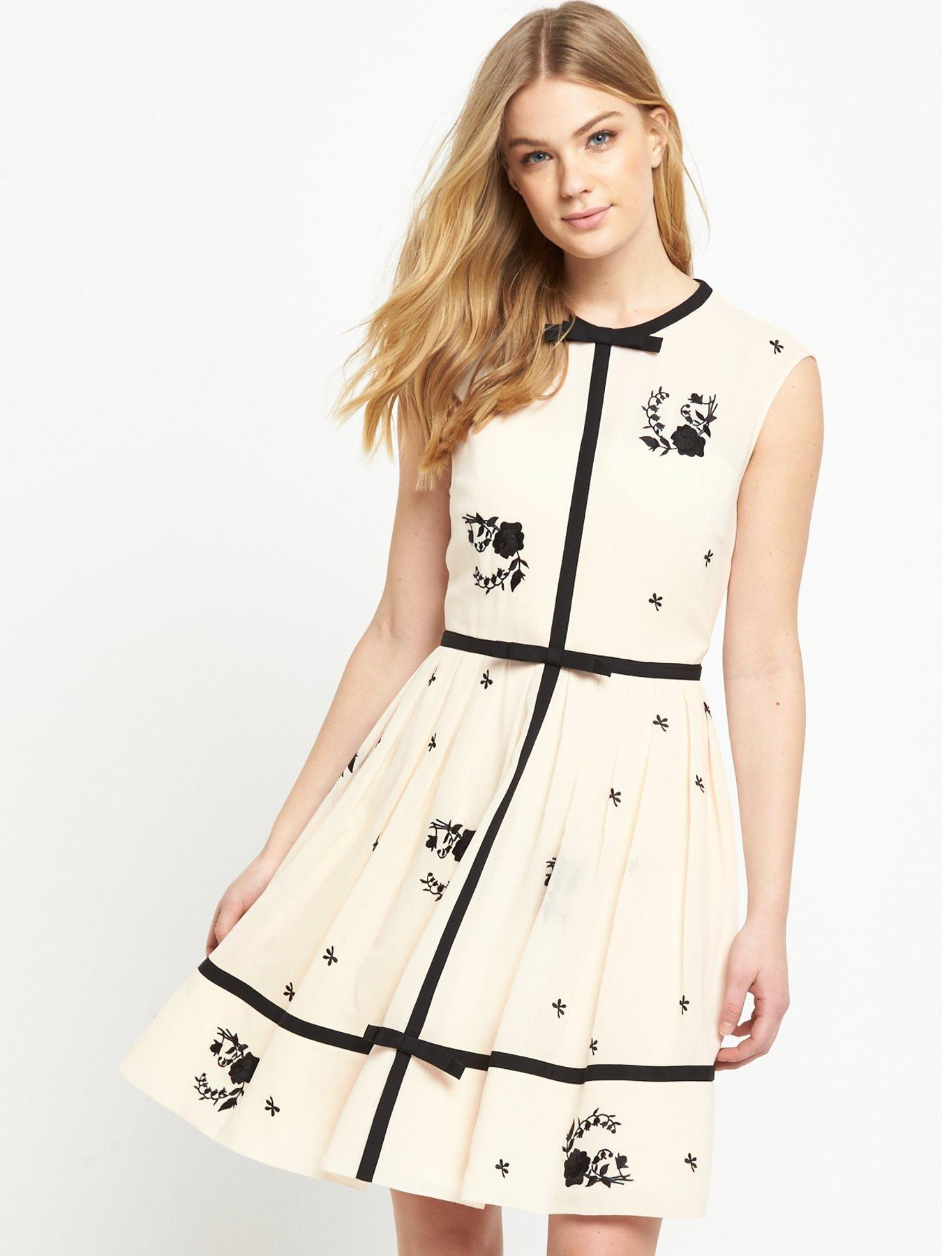 Black maxi dress forever 21