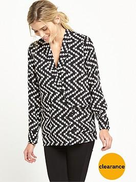 warehouse-zig-zag-jacket-monochrome