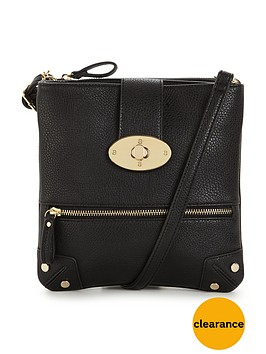 wallis-tammy-twist-lock-crossbody