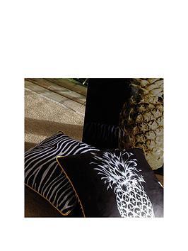 arthouse-nbspsingle-copacabana-pineapple-cushion