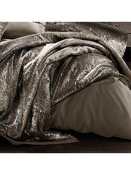 kylie-minogue-mila-bedspread-throw