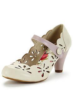 joe-browns-daisy-cut-out-shoes-cream