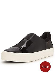 nine-west-flat-elastic-gusset-sneaker