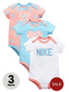 nike-baby-girl-3pk-bodysuit-gift-set