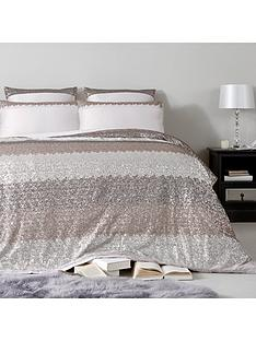 kylie-minogue-romana-bedspread-throw
