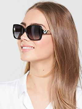 burberry-oversized-sunglasses
