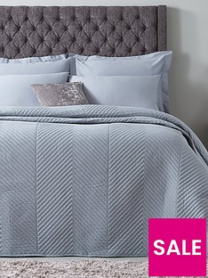 hotel-collection-luxury-contemporary-geometric-quilted-cotton-throw