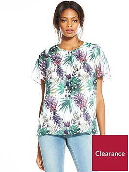 v-by-very-pleat-front-print-blouse
