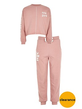 river-island-girls-new-york-jumper-and-joggers-outfit