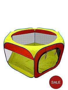 hexagon-ball-pit