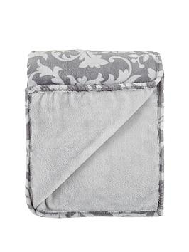 printed-leaf-mink-throw