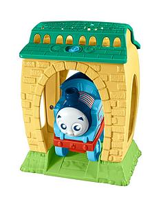 thomas-friends-my-first-thomas-amp-friends-day-to-night-projector