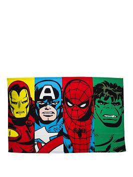marvel-nbspcomics-clash-polar-panel-fleece-blanket