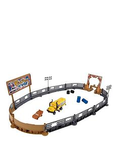 cars-cars-3-crazy-8-crashers-smash-amp-crash-derby-playset