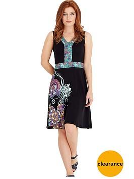 joe-browns-unique-dress