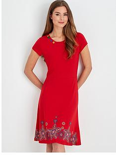 joe-browns-simply-stylish-dress-red