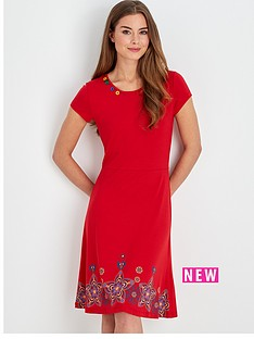 joe-browns-simply-stylish-dress-red