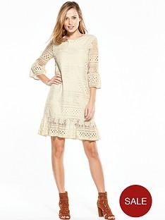 yas-tall-stalma-lace-dress