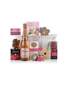virginia-hayward-basket-for-the-ladies
