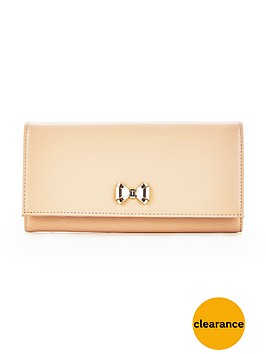 ted-baker-matinee-with-curve