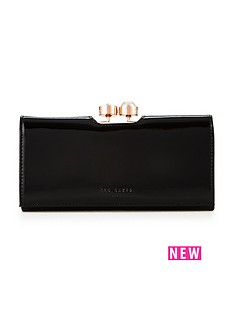 ted-baker-crystal-and-pearl-frame-matinee-purse