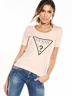 guess-logo-triangle-t-shirt-wilder-pink