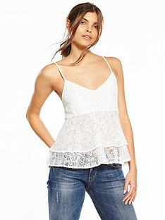guess-kira-lace-top-scuffy-cream