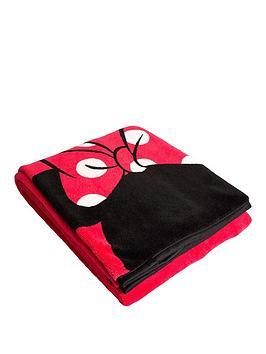 minnie-mouse-icon-fleece-blanket