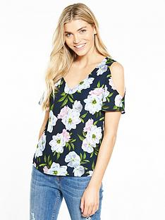 oasis-cold-sholder-fluted-top