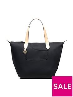 radley-radley-pocket-essentials-small-ziptop-crook-bag