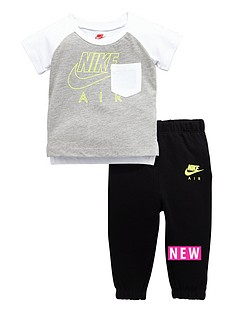 nike-air-baby-boy-tee-and-pant-set