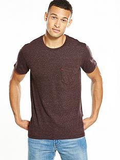 levis-short-sleeve-pocket-tshirt