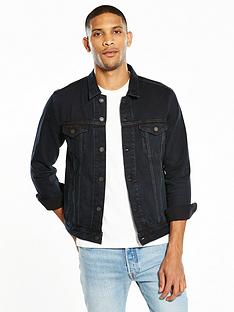 levis-trucker-denim-jacket