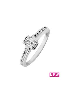 love-diamond-9ct-gold-50-point-total-emerald-cut-diamond-ring-with-stone-set-shoulders