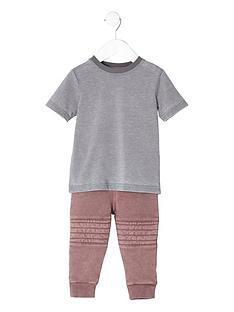river-island-mini-boys-grey-burnout-t-shirt-outfit