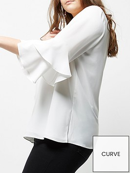 ri-plus-trumpet-sleeve-blouse