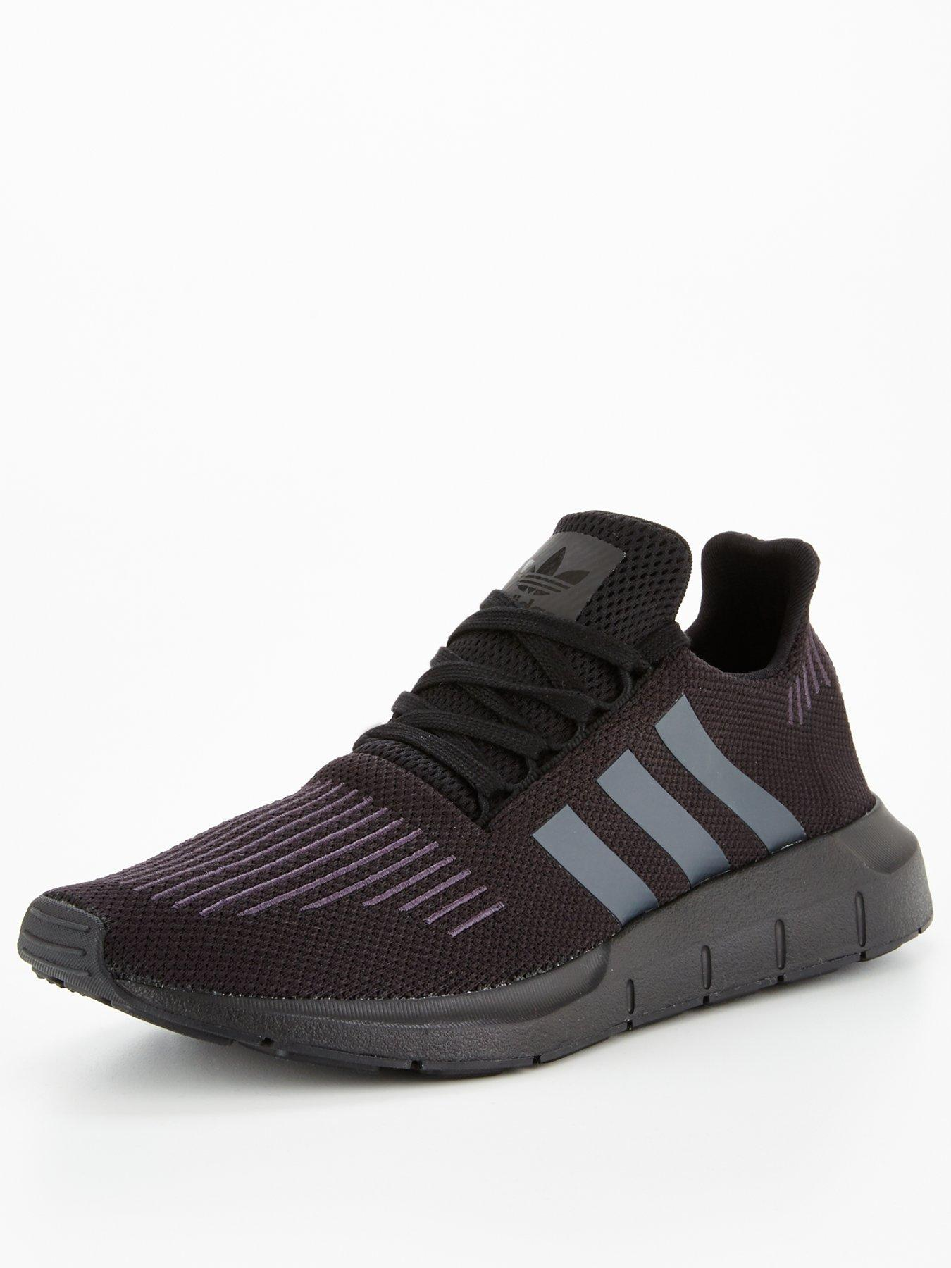 adidas originali swift run black