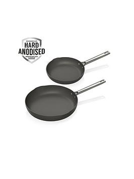 tower-tower-pro-hard-anodised-two-piece-2028cm-fry-pan-set